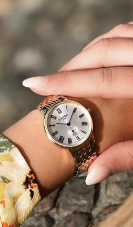 ساعت های زنانه